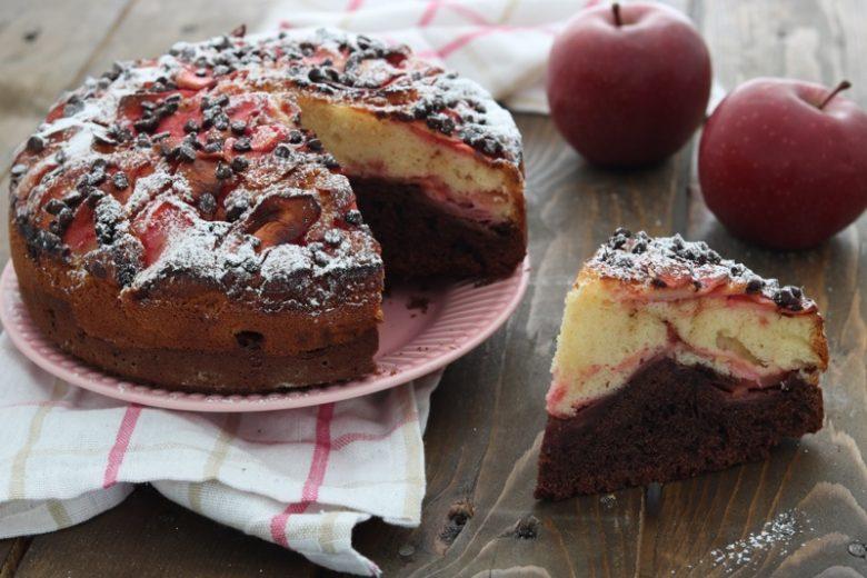 Torta di mele al cacao e alchermes