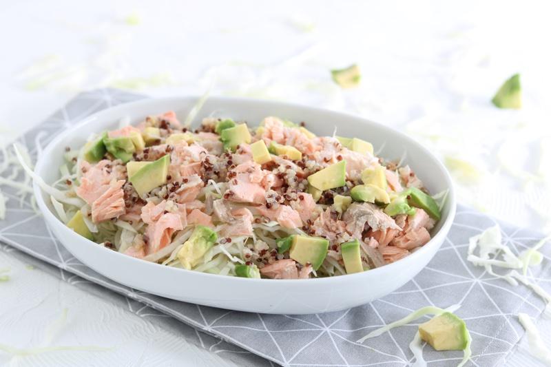 insalata di cavolo cappuccio e salmone