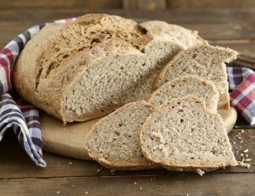 Pane di segale fatto in casa