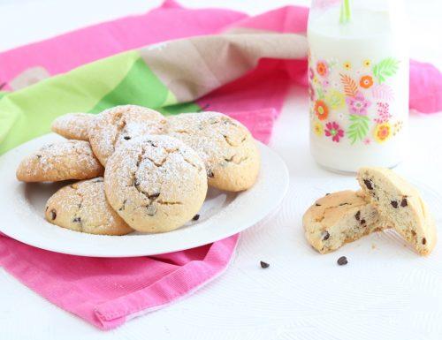 Biscotti con le gocce di cioccolato-Cookies