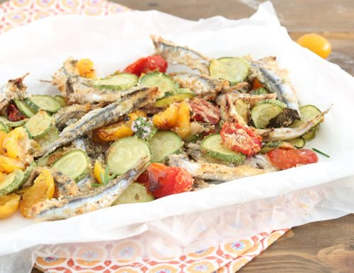Alici gratinate con pomodorini e zucchine