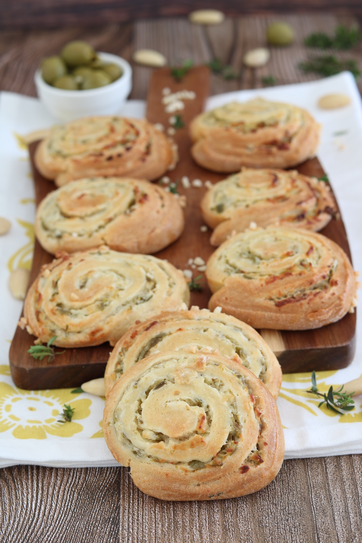 girelle salate robiola olive verdi