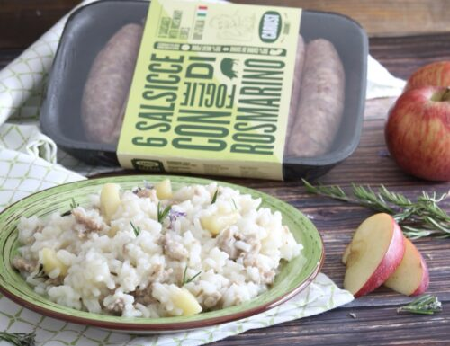 Risotto alle mele con salsiccia e rosmarino