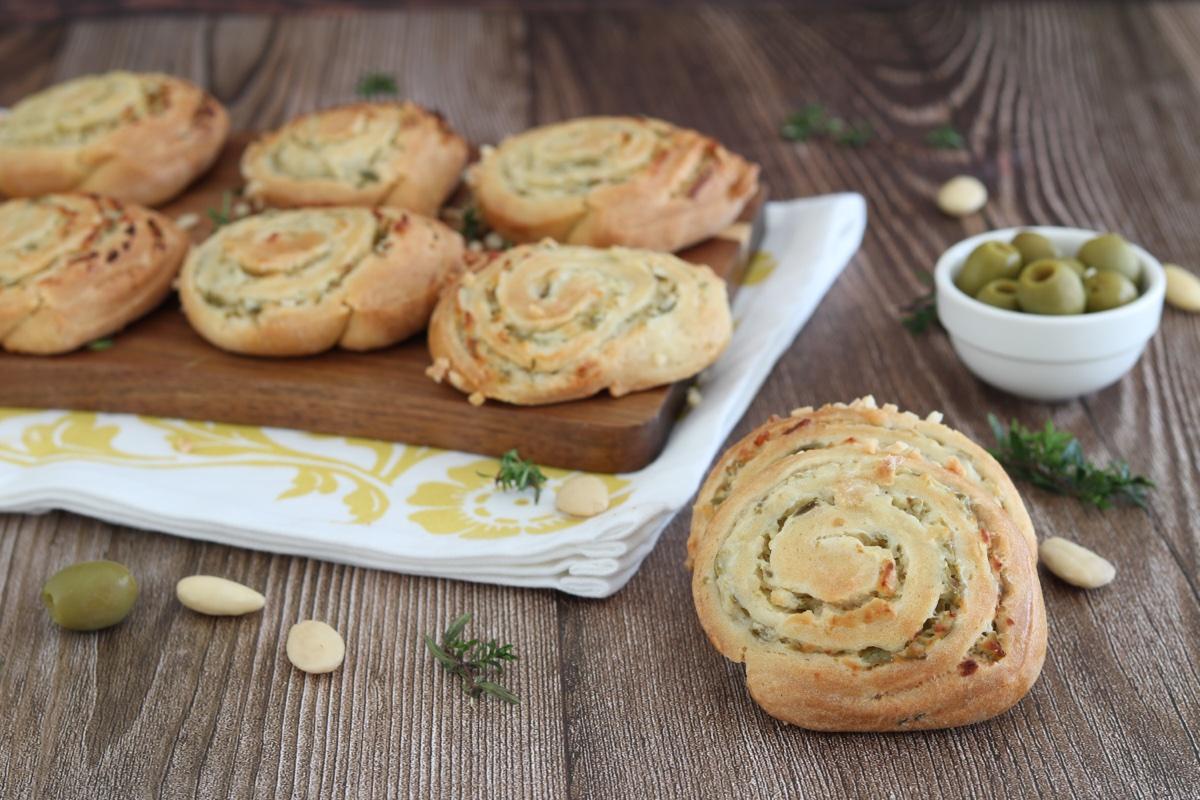 girelle salate olive verdi robiola
