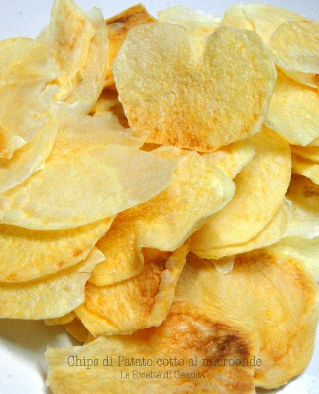 Chips di patate cotte al microonde le ricette di gessica for Microonde ricette