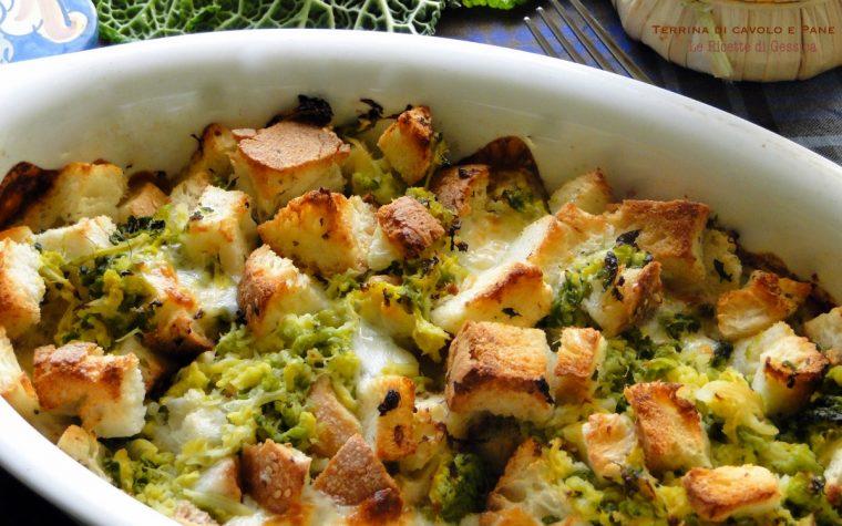 Cavolo cappuccio al forno - Timballo croccante con pane