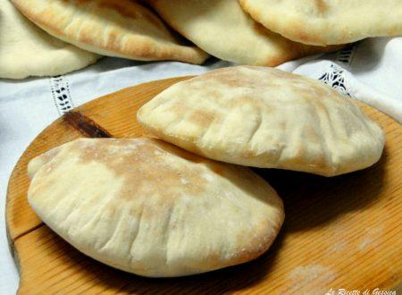 Pane Pita per Kebab e panini alla piastra – Anche BIMBY