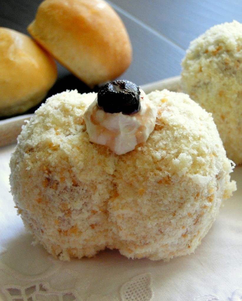 Pesche dolci siciliane alla crema ricetta anche bimby for Ricette bimby dolci