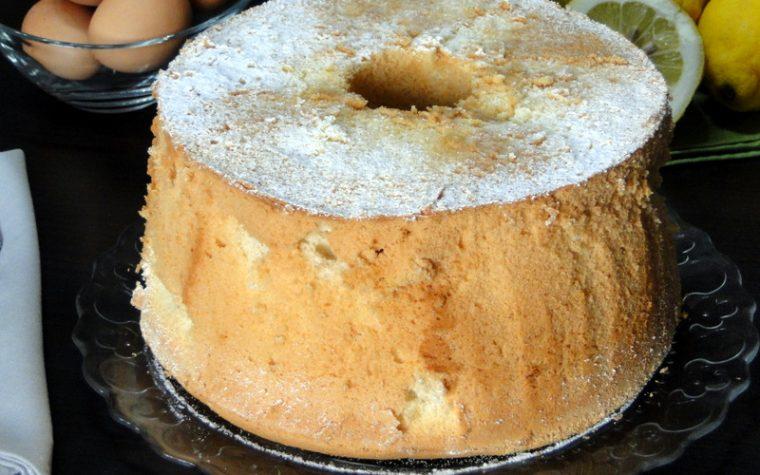 Chiffon Cake al limone – Ricetta Ciambellone americano alto