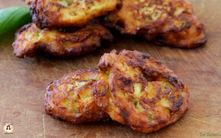 Frittelle di zucchine e ricotta con prosciutto cotto - Secondo piatto pronto in 5 minuti!