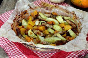 Salsiccia patate e zucca al forno – Ricetta facile