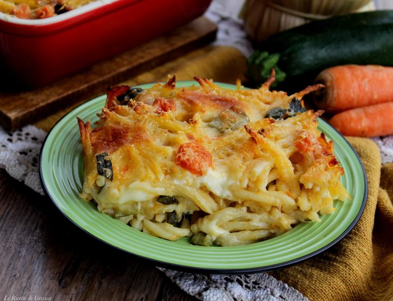 Pasta al forno con verdure e formaggio - Gratinata