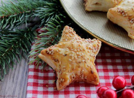 Stelle di sfoglia con Salmone e formaggio cremoso – Antipasto di Natale