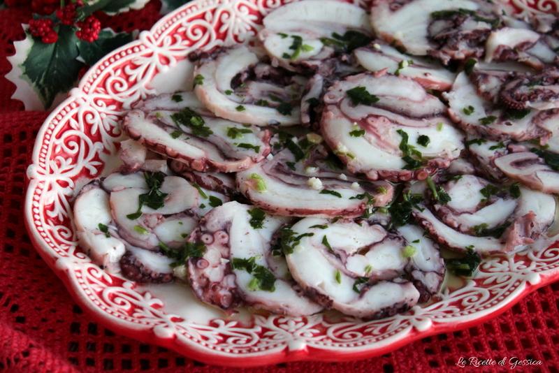 carpaccio di polpo antipasto o secondo piatto di pesce per le Feste di natale o capodanno