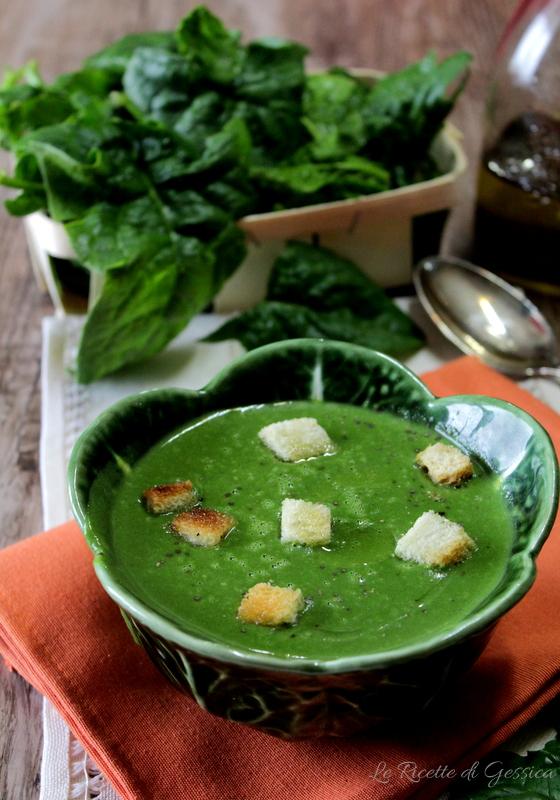 crema-di-spinaci-e-patate-ricetta-vegetariana-anche-bimby
