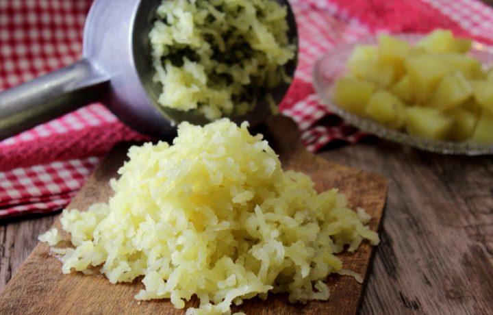 Come lessare le patate al microonde velocemente – Trucco in cucina