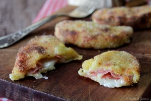 Panzerotti di patate filanti – Cotti al forno