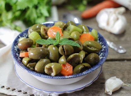 Olive schiacciate alla Siciliana – Olive verdi condite