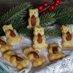 Biscotti salati al formaggio - Orsetti con mandorla - Anche Bimby