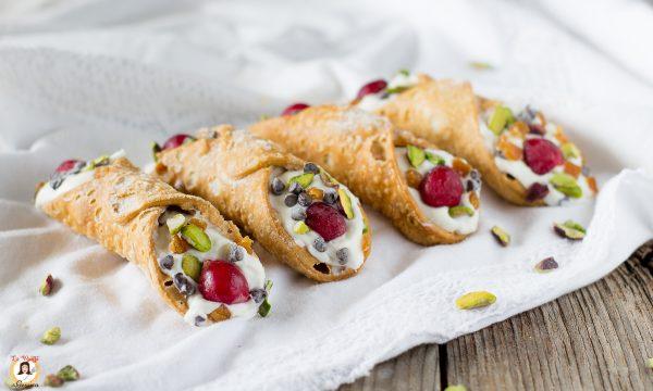 Cannolo gelato alla ricotta – Ricetta Siciliana – Anche Bimby