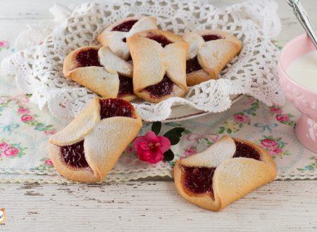 Fiocchetti di frolla e marmellata – Biscotti semplici e morbidi – Anche Bimby