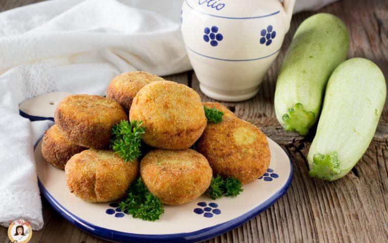Polpette di zucchine ricotta e tonno - Anche al forno