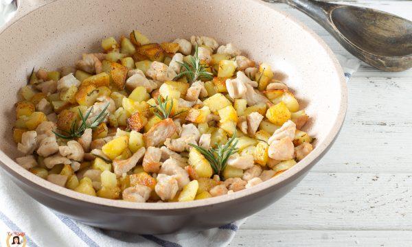 Pollo e patate croccanti in padella