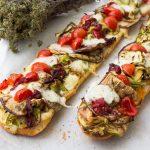 Crostoni di pane con verdure - Bruschette di pane raffermo