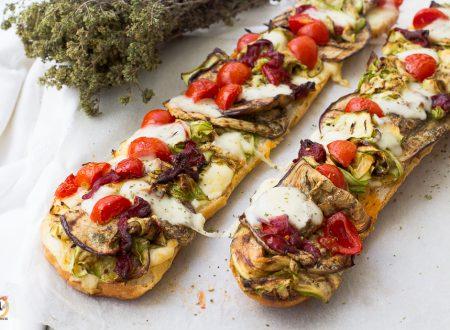 Crostoni di pane con verdure – Bruschette di pane raffermo
