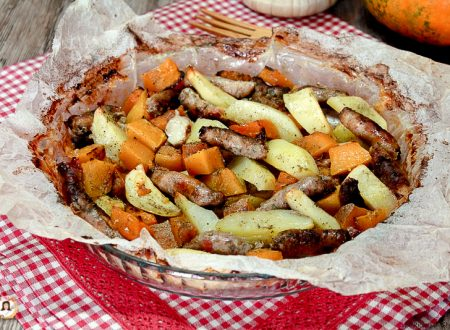Zucca e salsiccia al forno con patate