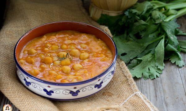 Zuppa di ceci e patate cremosa