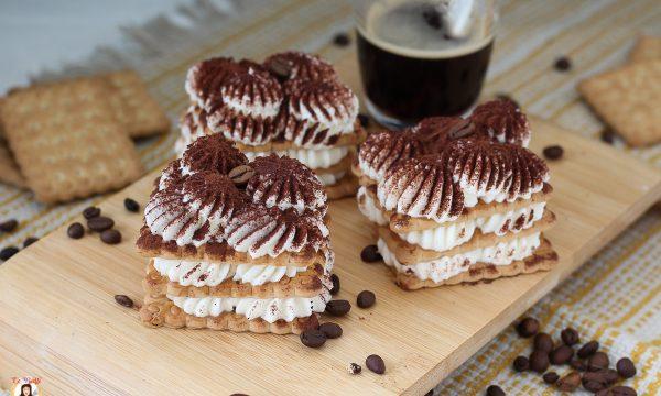 Millefoglie Tiramisù – con biscotti e crema al mascarpone