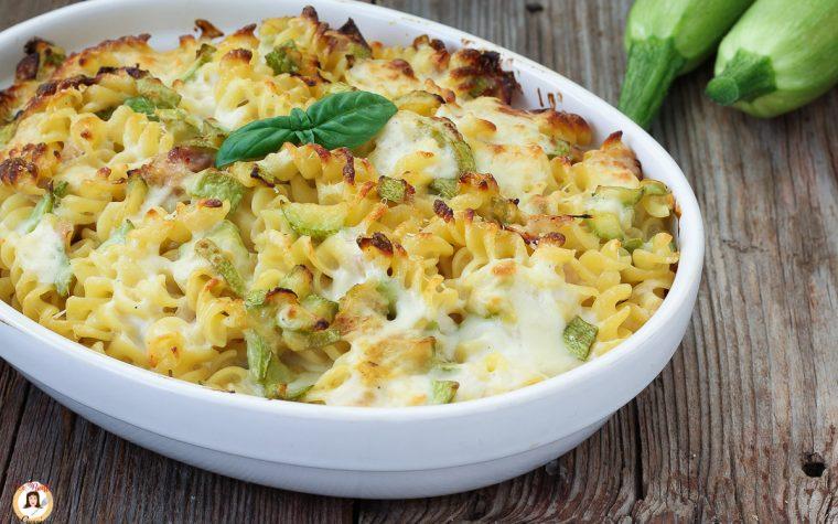 Pasta al forno con zucchine e mozzarella - Primo piatto facile