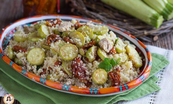 Cous cous zucchine tonno e pomodori secchi – Primo piatto freddo
