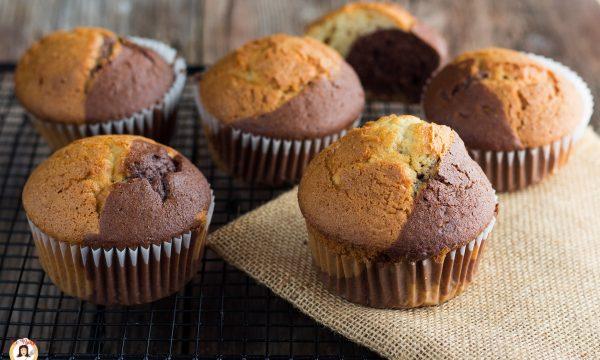 Muffin bicolore – tortine soffici senza burro