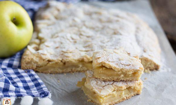 Torta di pasta frolla ripiena di mele – Biscottoni alle mele