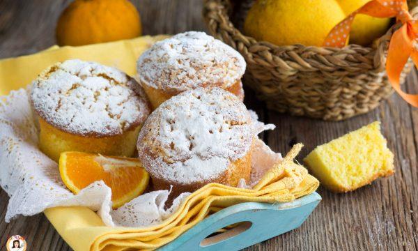 Muffin all'arancia senza burro – Tortine soffici, anche Bimby
