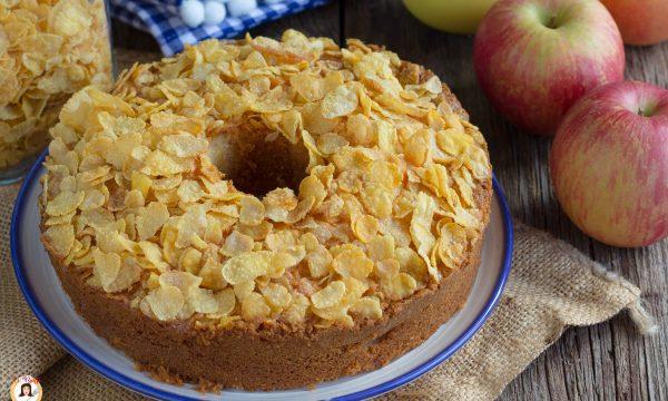 Ciambella alle mele croccante -Torta con corn flakes