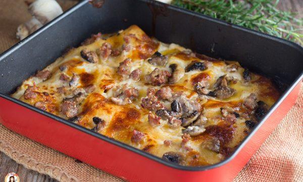 Lasagne funghi e salsiccia – Primo piatto al forno