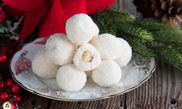 Palle di neve – Tartufi cocco nocciole