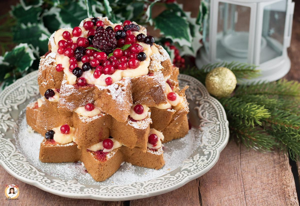 Dolci Di Natale Pandoro.Pandoro Con Frutti Di Bosco E Crema Torta Ripena Di Natale