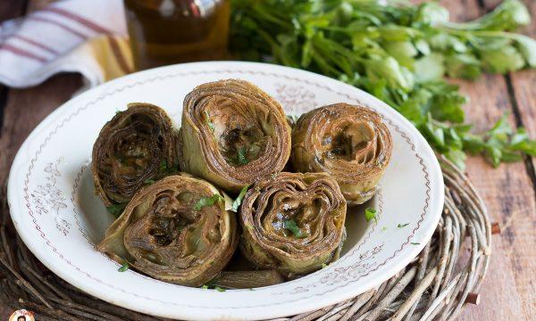 Carciofi in padella ripieni di Parmigiano e prezzemolo