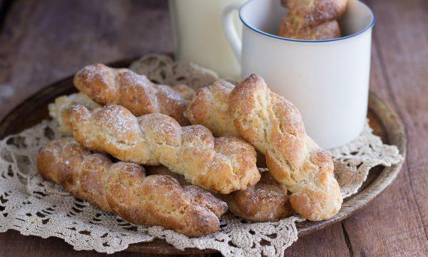 Biscotti a treccia Siciliani – Da inzuppo, senza latte e ammoniaca
