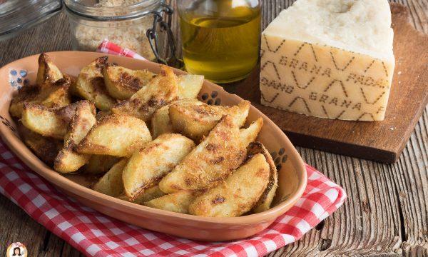 Patate al Grana Padano cotte al forno