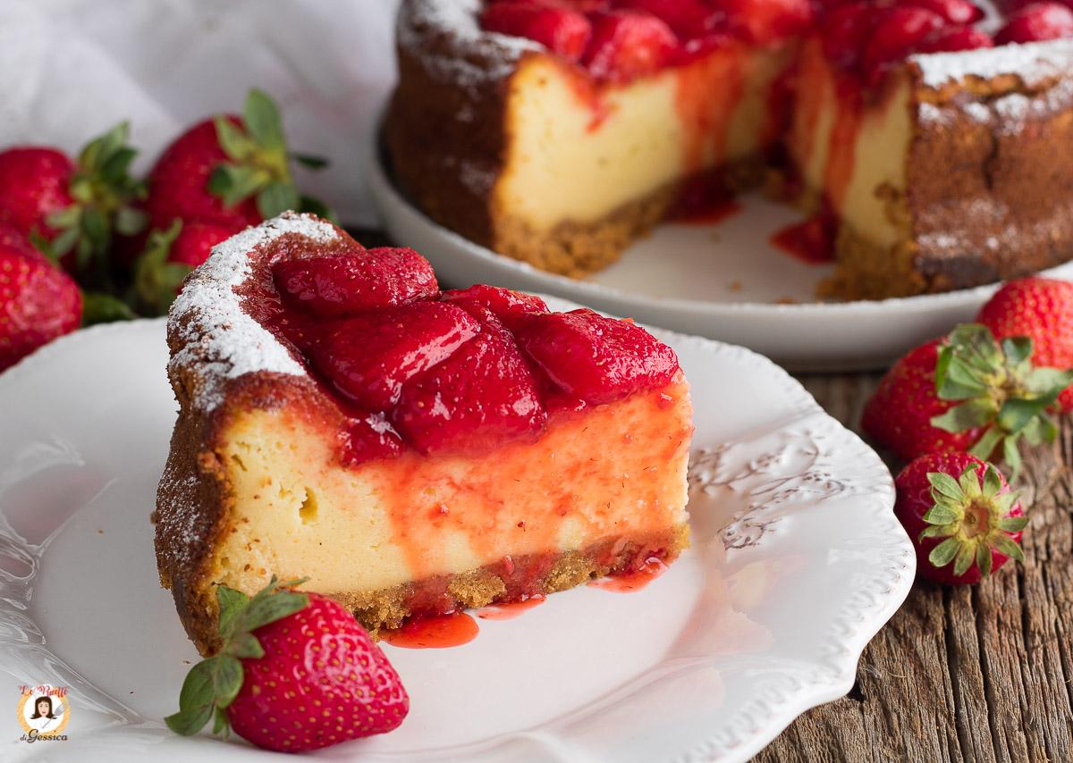 Ricetta Cheesecake Cotta.Cheesecake Cotta Alle Fragole Impasto Con Mascarpone E Yogurt