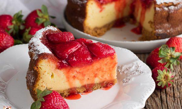 Cheesecake cotta alle fragole – Impasto con mascarpone e yogurt