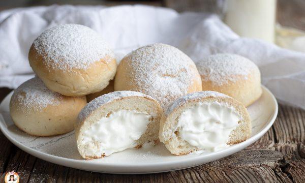 Fiocchi di neve dolci –  Ricetta Nuvole ripiene Tipo Poppella