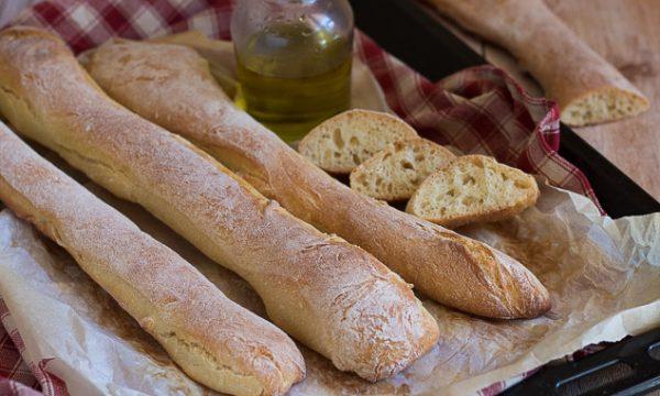 Bastoncini di pane di semola – Impasto con 1 gr di lievito a lunga lievitazione