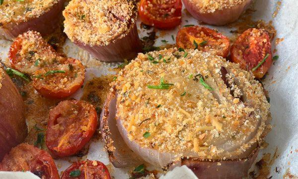 Cipolle al forno – Gratinate con pomodorini