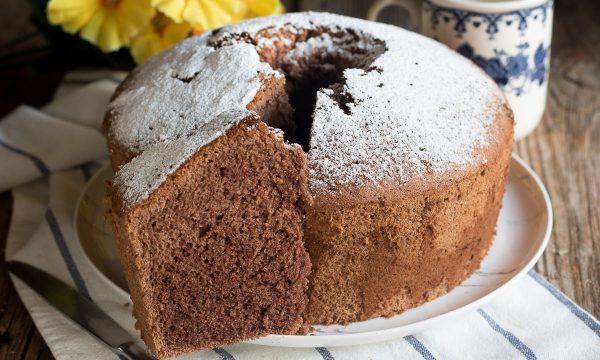 CHIFFON CAKE AL CIOCCOLATO – Ricetta Ciambellone Americano alto e soffice